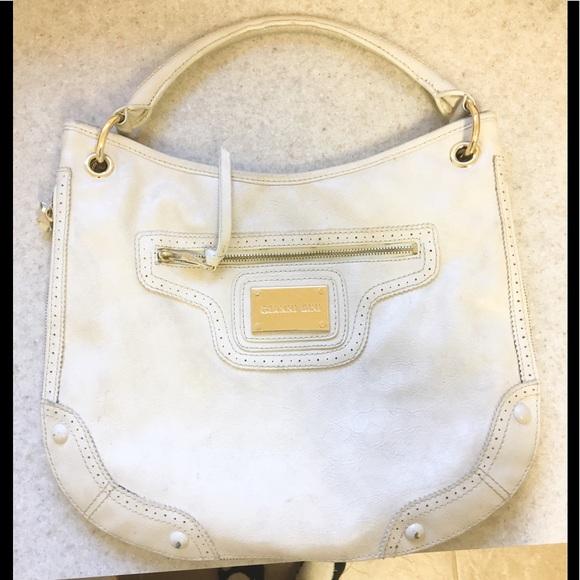 Gianni Bini Handbags - Pretty Gianni Bini large satchel!
